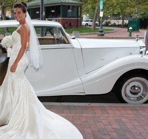 ivory vintage Rolls-Royce wedding car for hire