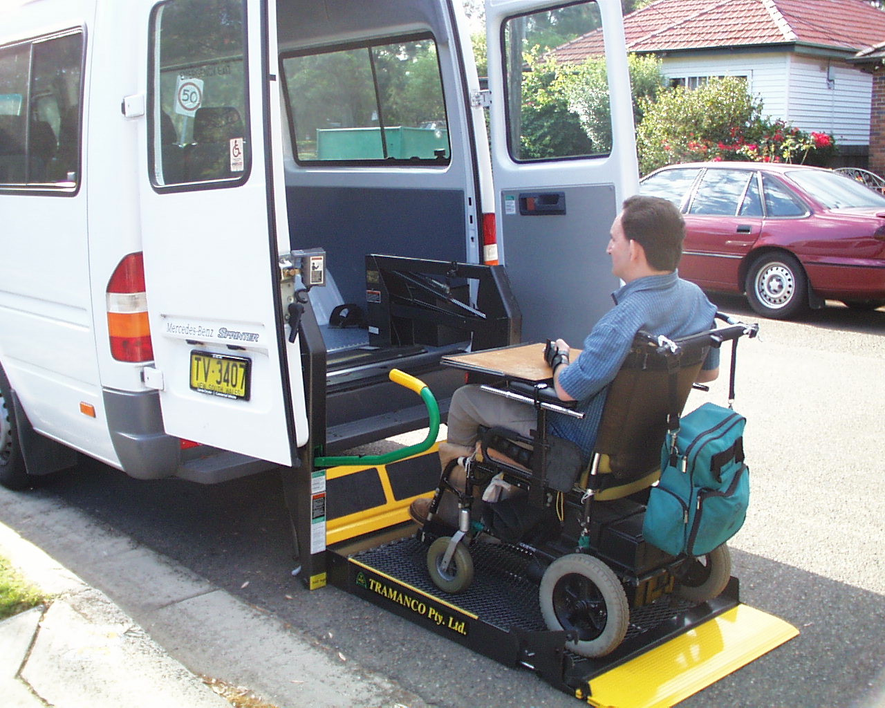 wheelchair accessible mini bus for hire