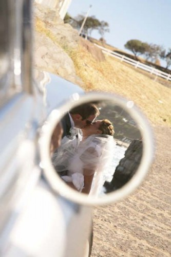 clever way to use wedding car as a memory