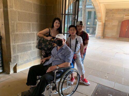 wheelchair user visit to Sydney university